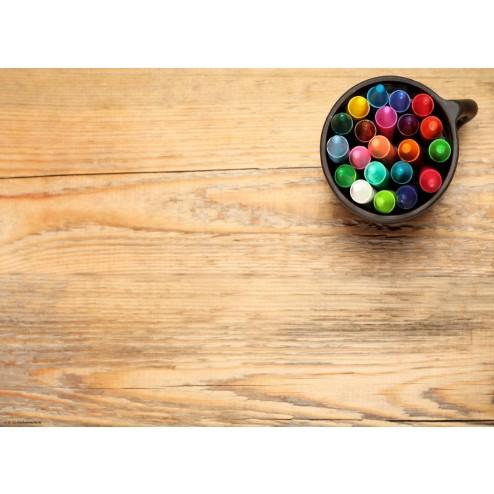 Buntstifte in Tasse  - Tischset aus Papier 44 x 32 cm