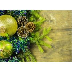 Weihnachtsarrangement in grün mit Christbaumschmuck - Tischset aus Papier 44 x 32 cm